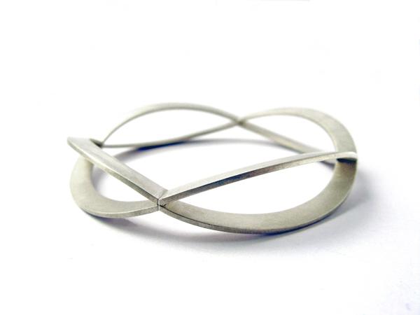 Silberner Armschmuck - Wellenreif