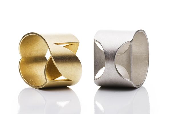 Breite Schmuckringe Gold und Silber