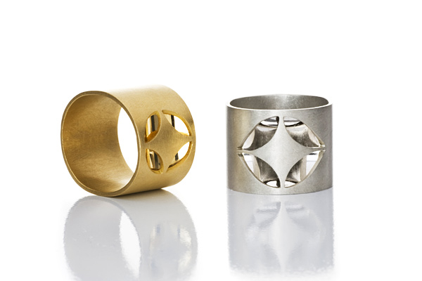 Ovale Spiegelringe Gold und Weissgold