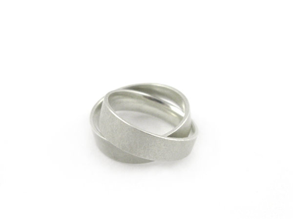 Silberner Zweierring schiefe Ringe im Doppelpack